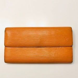 LOUIS VUITTON Mandarin Epi Leather Sarah Wallet